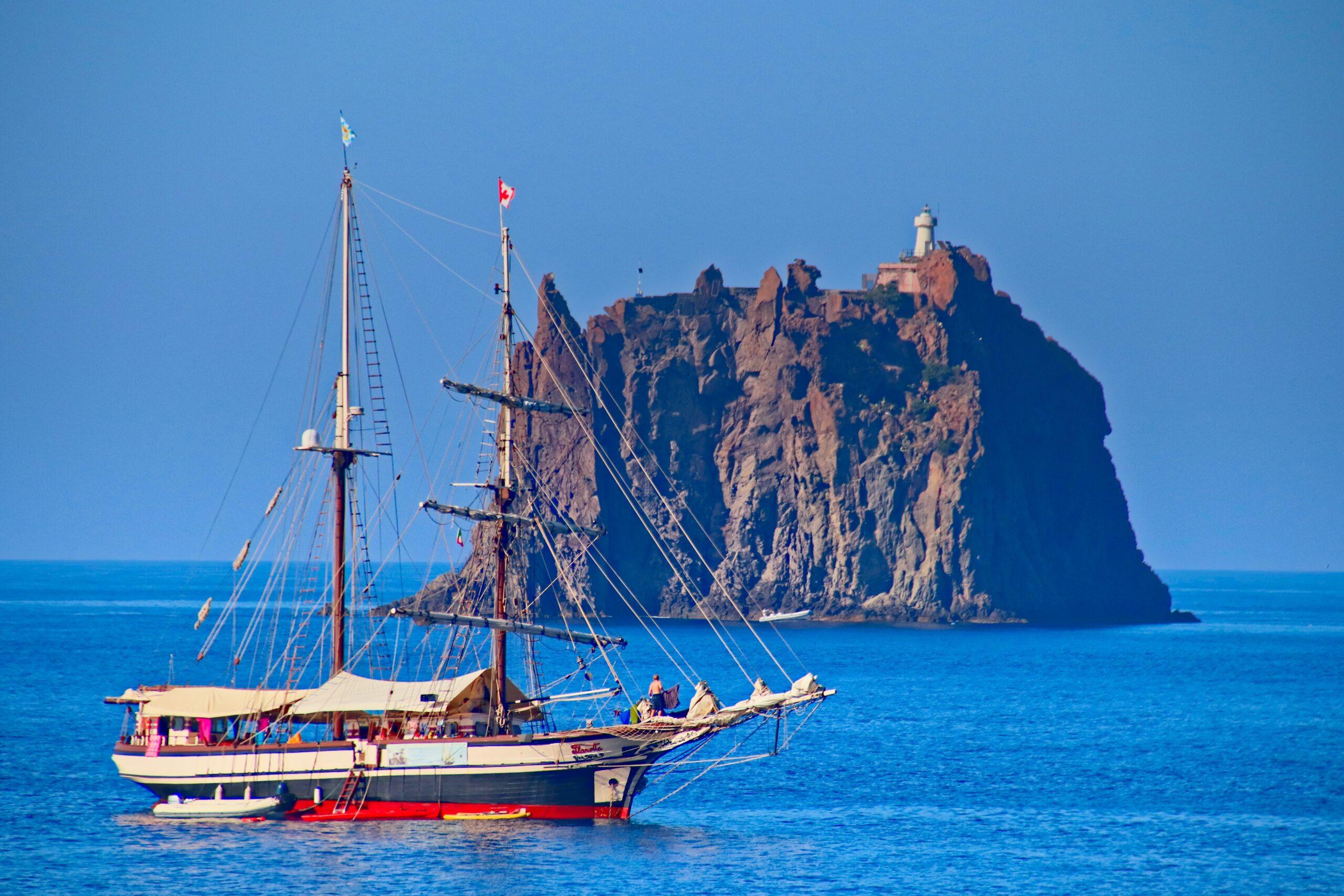 isole siciliane strombolicchio